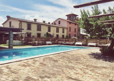 4_zia_cathys_location vista piscina